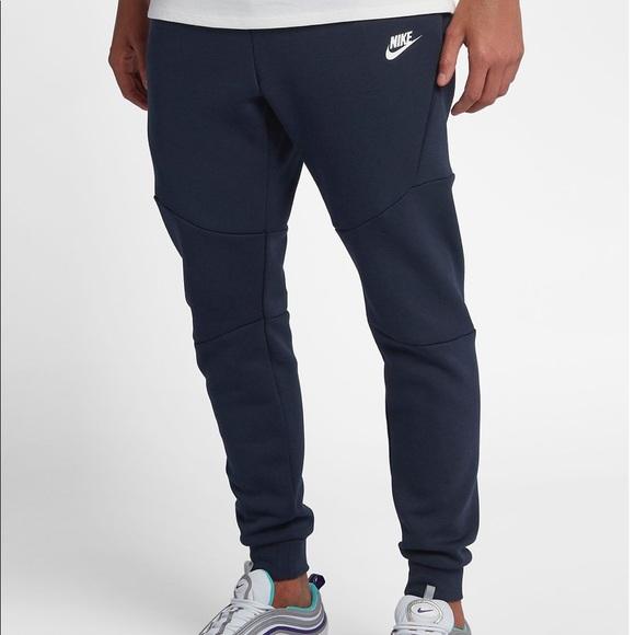 Nike Slim FitMax Taper Regular Length NWT